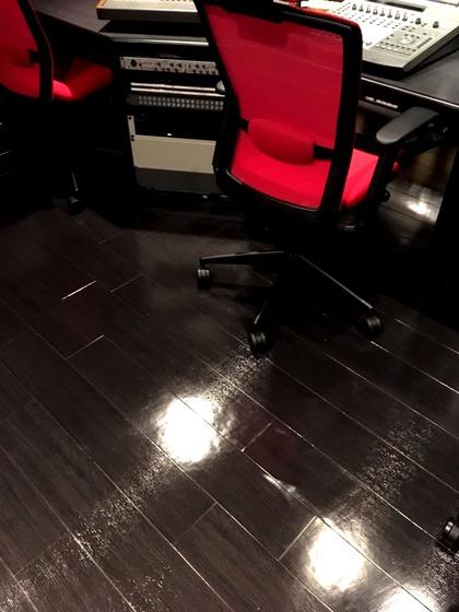 床が輝きを取り戻しました☆